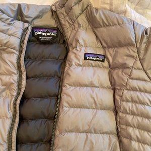 Women's Patagonia heavy puff jacket